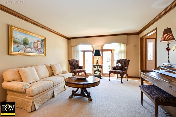 Traditional, Detached Single - Orland Park, IL (photo 2)