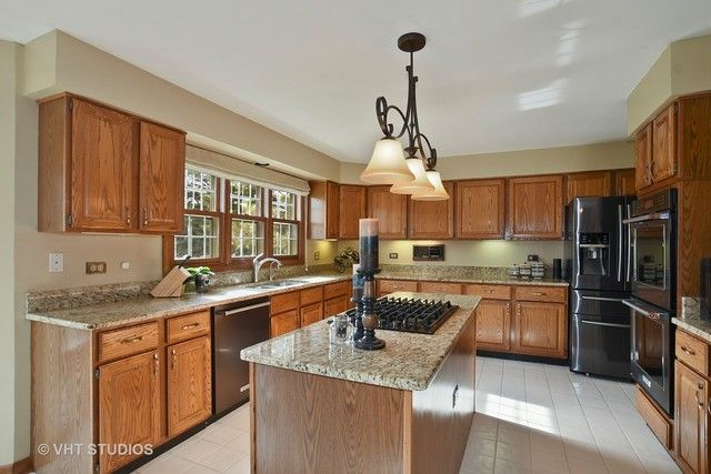 Traditional, Detached Single - Gurnee, IL (photo 4)