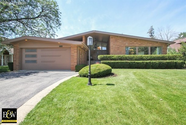 Detached Single, Step Ranch - Lincolnwood, IL (photo 1)