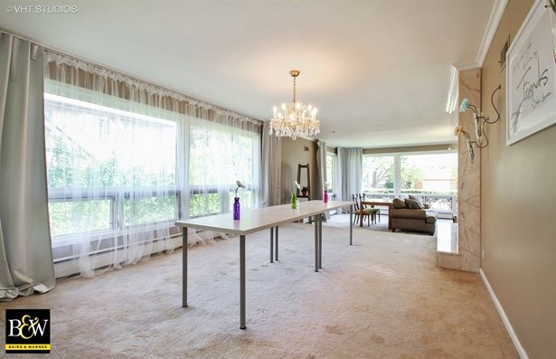Detached Single, Step Ranch - Lincolnwood, IL (photo 5)