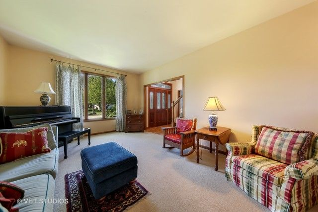Traditional, Detached Single - Woodridge, IL (photo 4)