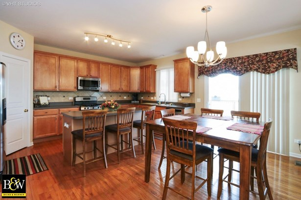 Traditional, Detached Single - Antioch, IL (photo 3)