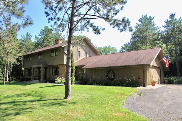 Traditional, Detached Single - Bull Valley, IL