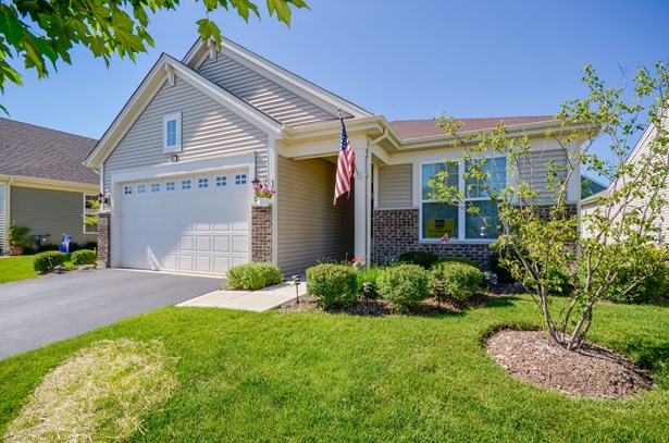 Ranch, Detached Single - Pingree Grove, IL