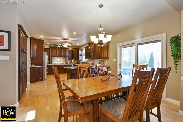 Traditional, Detached Single - Tinley Park, IL (photo 4)