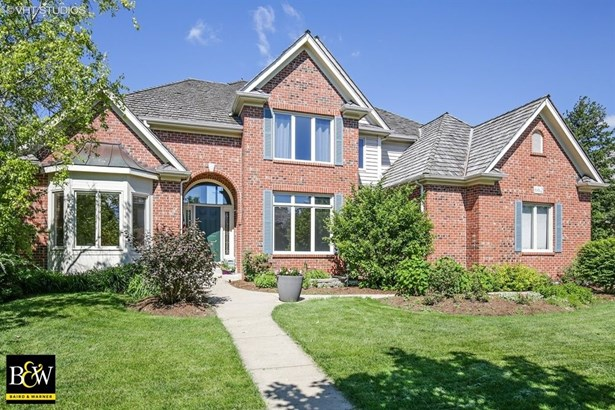Traditional, Detached Single - South Elgin, IL (photo 1)