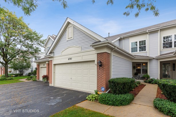 Townhouse - Prospect Heights, IL