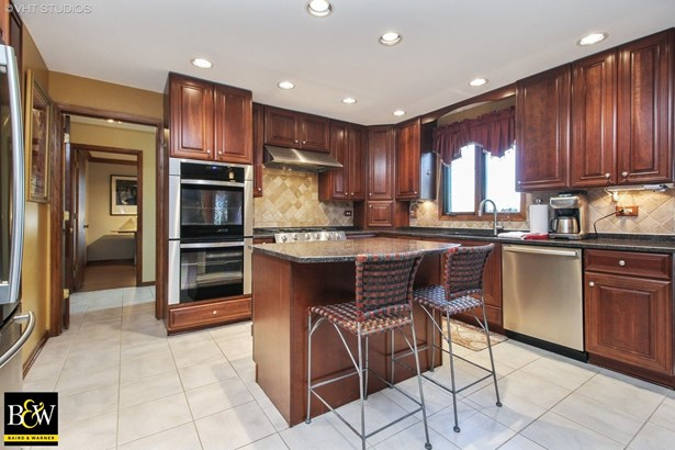 Traditional, Detached Single - Oak Forest, IL (photo 4)