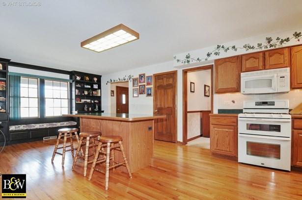 Colonial, Detached Single - Woodridge, IL (photo 4)