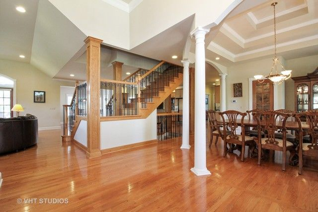 Traditional, Detached Single - Lakewood, IL (photo 2)