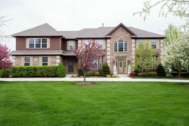 Colonial, Detached Single - Barrington Hills, IL