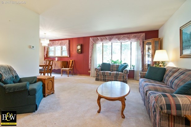 Ranch, Detached Single - Des Plaines, IL (photo 2)