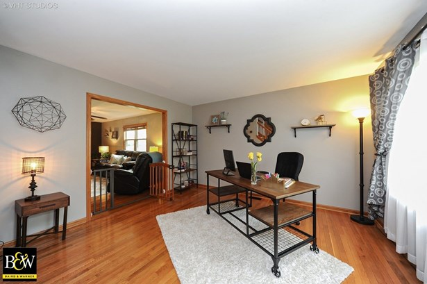 Colonial, Detached Single - Rolling Meadows, IL (photo 2)