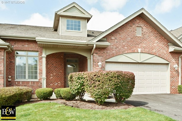 Townhouse - Orland Park, IL (photo 1)