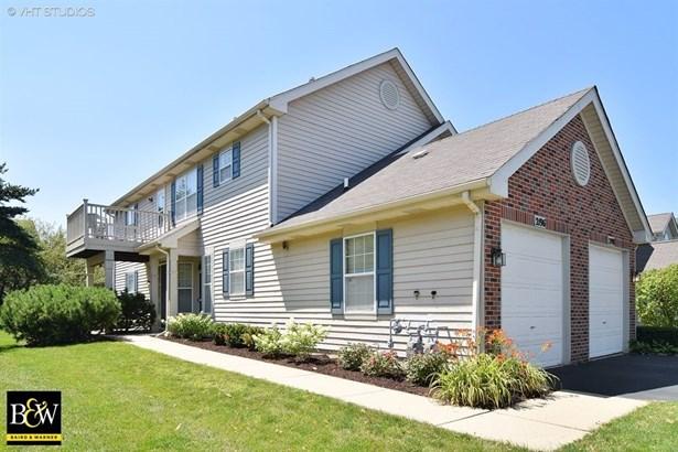 Condo - Glendale Heights, IL (photo 1)