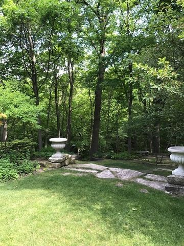 Detached Single - Highland Park, IL (photo 4)