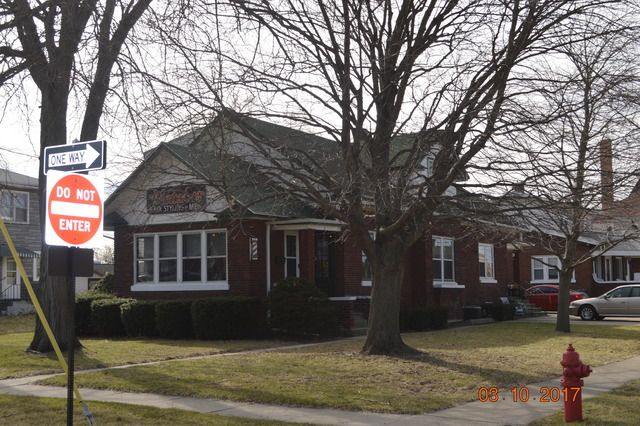 Two to Four Units, Bungalow - Dekalb, IL (photo 1)
