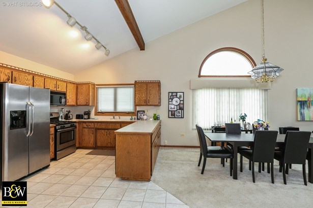 Townhouse - Orland Park, IL (photo 2)
