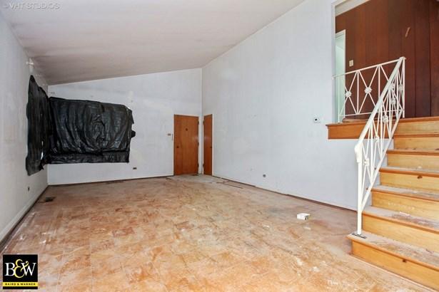 Tri-Level, Detached Single - Homewood, IL (photo 2)