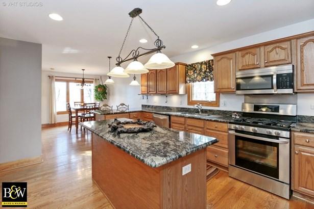 Ranch, Detached Single - Mchenry, IL (photo 4)