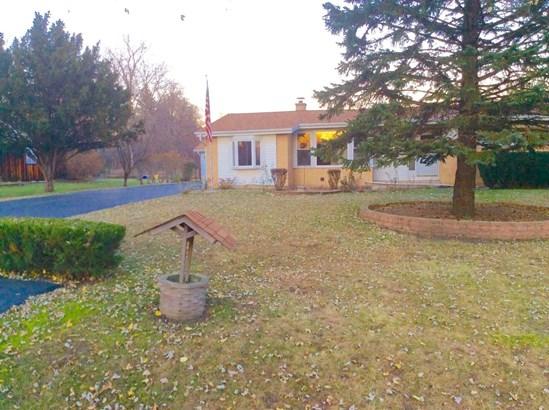 Ranch, Detached Single - Mount Prospect, IL (photo 1)