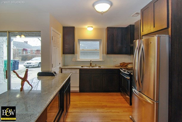 Two to Four Units - Westchester, IL (photo 4)
