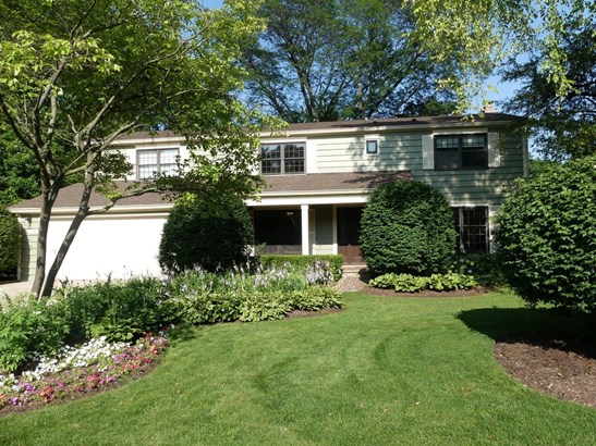 Colonial, Detached Single - Arlington Heights, IL (photo 1)