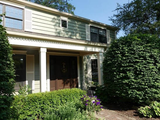 Colonial, Detached Single - Arlington Heights, IL (photo 2)