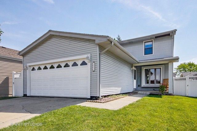 Traditional, Detached Single - Orland Hills, IL (photo 1)