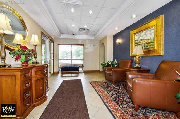 Condo - Skokie, IL (photo 2)