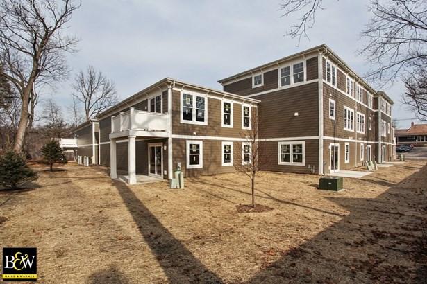 Townhouse - Deerfield, IL (photo 3)