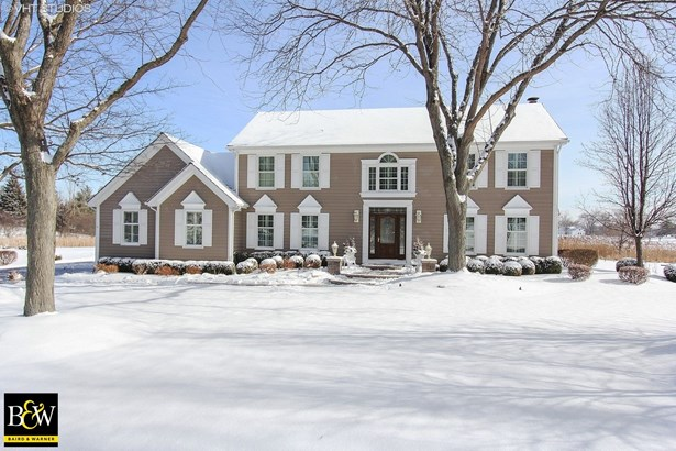 Colonial, Detached Single - Hawthorn Woods, IL (photo 1)