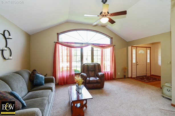 Detached Single, Step Ranch - Frankfort, IL (photo 2)