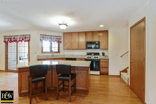 Detached Single, Step Ranch - Frankfort, IL (photo 3)