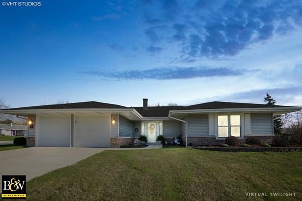 Ranch, Detached Single - Hoffman Estates, IL (photo 2)