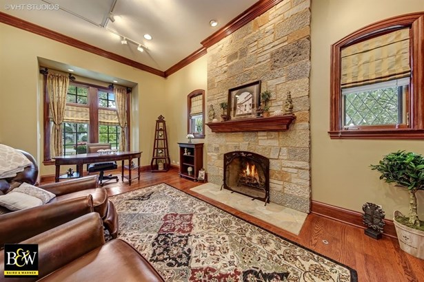 Detached Single, French Provincial - Downers Grove, IL (photo 4)