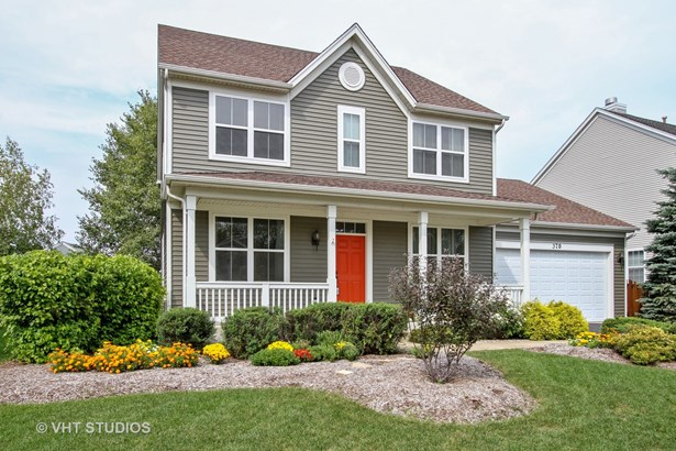 Traditional, Detached Single - Cary, IL