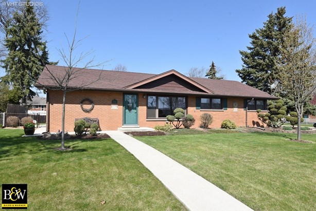 Ranch, Detached Single - Bridgeview, IL (photo 1)
