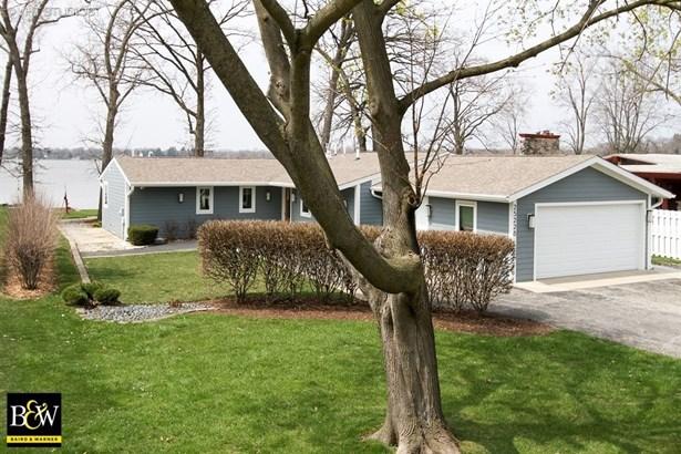 Contemporary, Detached Single - Lake Villa, IL (photo 2)