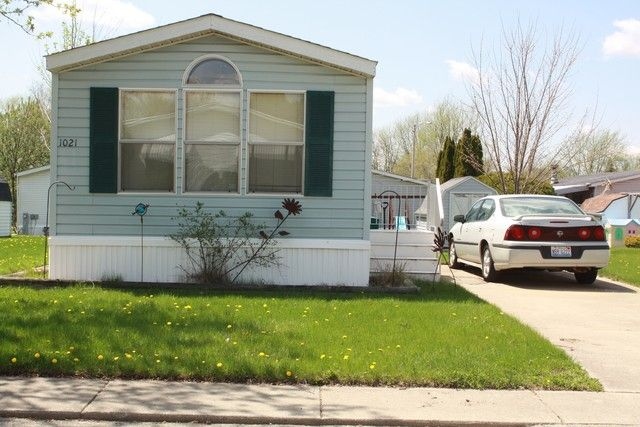 Mobile Home - Dekalb, IL (photo 1)