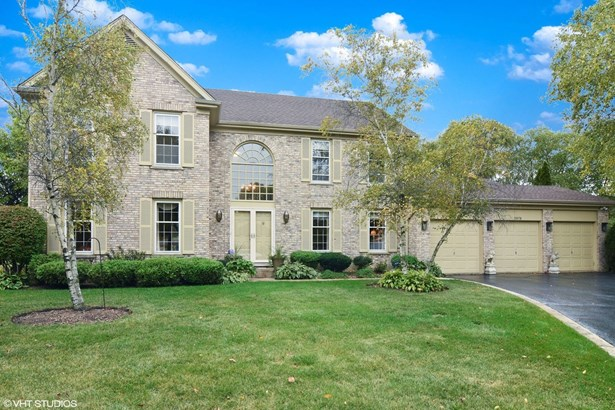 Colonial, Detached Single - Hoffman Estates, IL (photo 1)