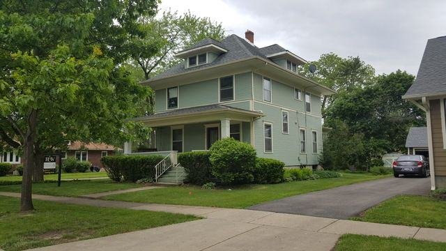 American 4-Sq., Detached Single - West Dundee, IL (photo 2)