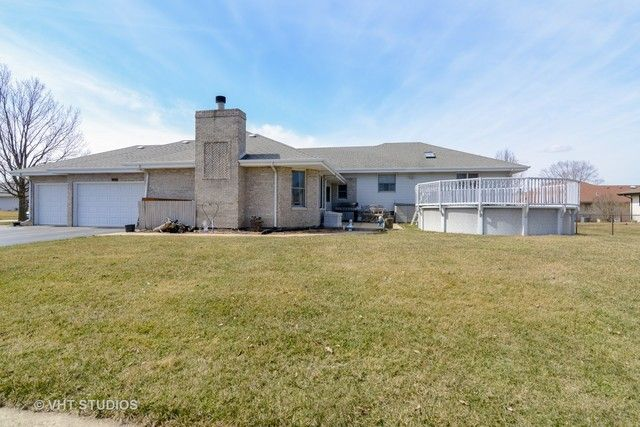 Detached Single, Step Ranch - Peotone, IL (photo 2)