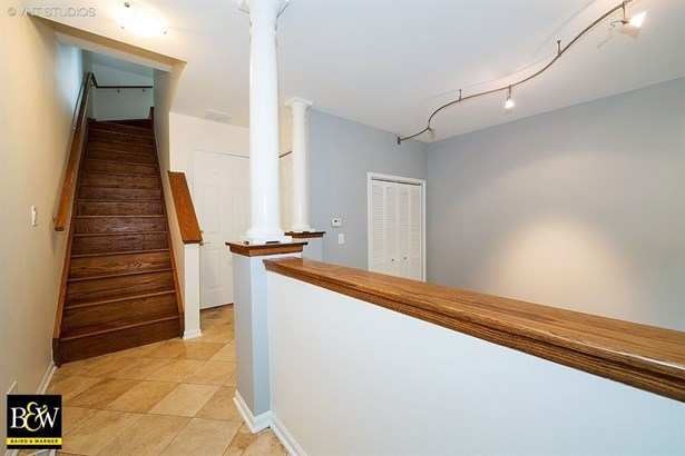 Townhouse - Chicago, IL (photo 3)