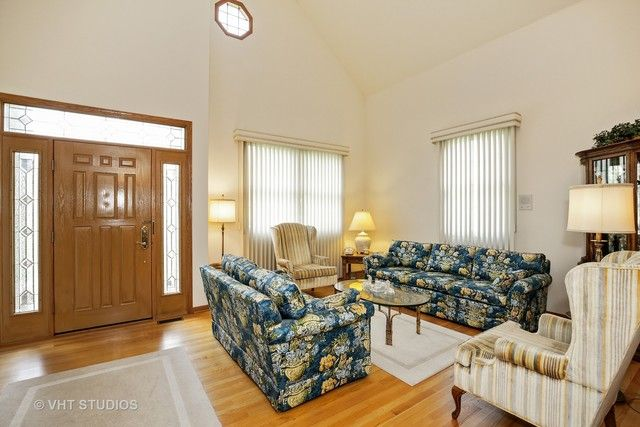 Detached Single - West Dundee, IL (photo 3)