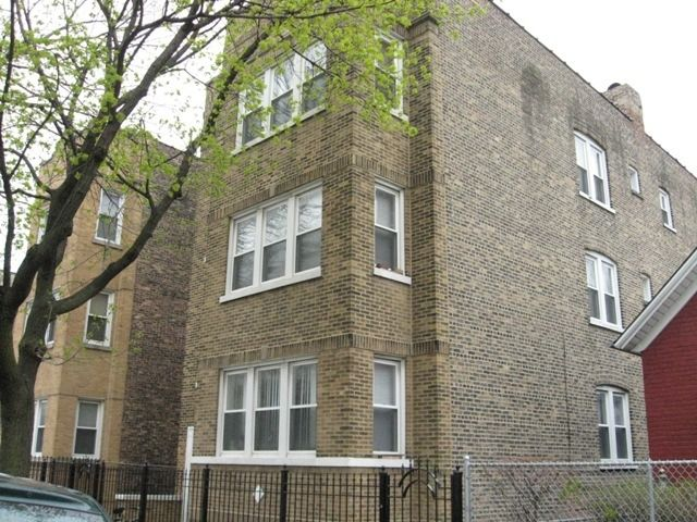 Two to Four Units - Chicago, IL (photo 2)