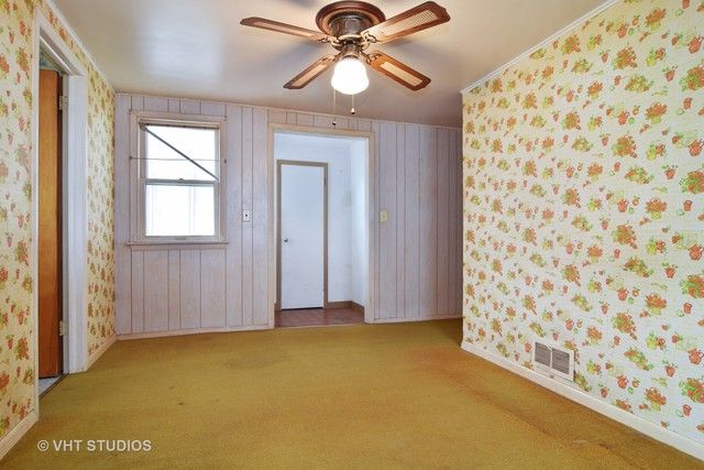 Ranch, Detached Single - Elgin, IL (photo 4)