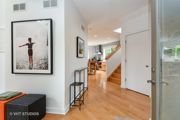 Contemporary, Detached Single - Homewood, IL (photo 2)