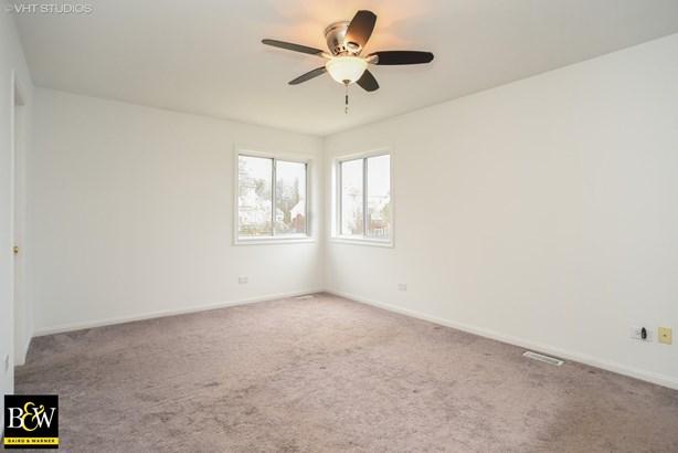 Detached Single - Zion, IL (photo 5)