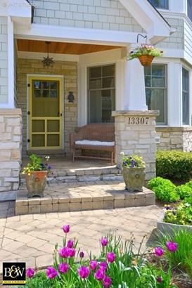 Cottage, Detached Single - Plainfield, IL (photo 2)